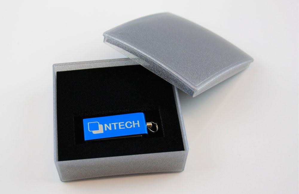 USB Stick Micro Twist Logo als Lasergravur in Geschenkbox Classic