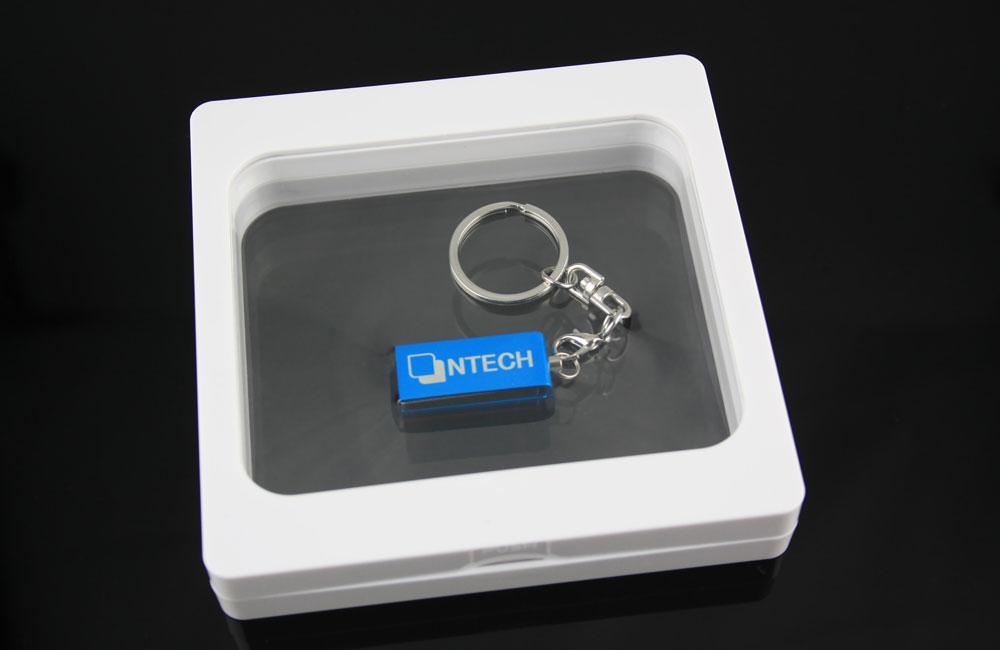 USB Stick Micro Twist mit Schlüsselanhänger in Geschenkverpackung Framebox