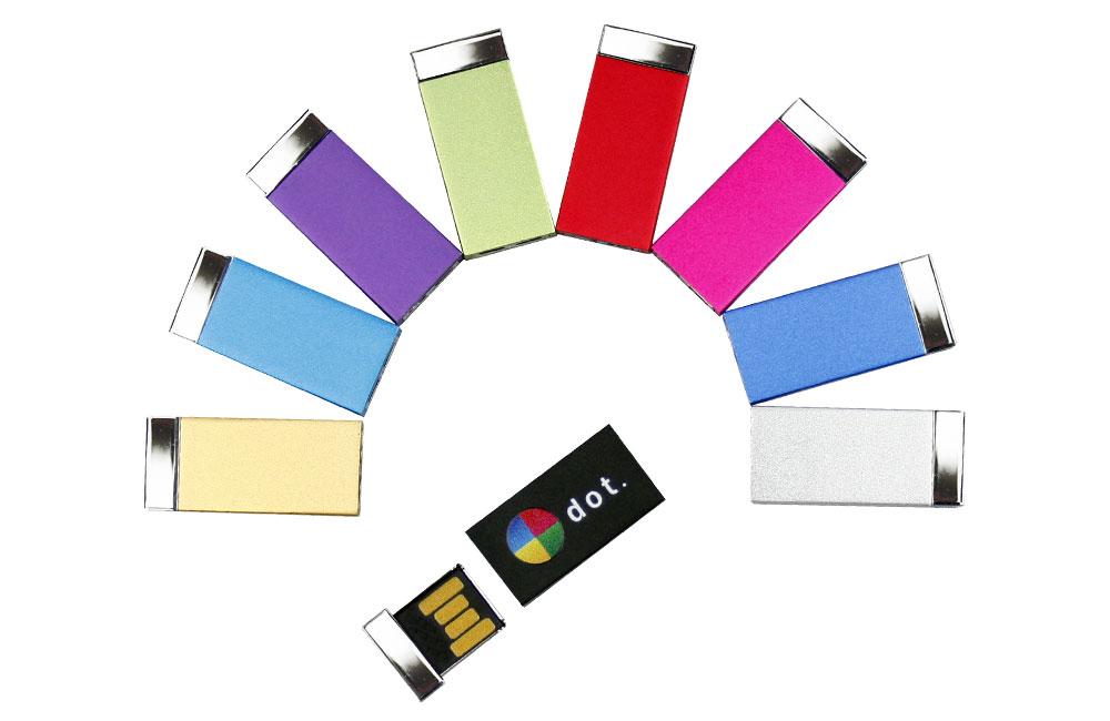 USB Stick Milan in neun Farben lieferbar - Vollfarbdruck oder Lasergravur möglich